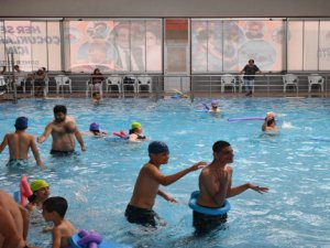 Çukurova Belediyesinden Özel çocuklara engelsiz havuz