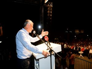 Adana Gadir Hum Bayramı'nı coşkuyla kutladı