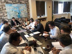 Adana'nın ulaşım sorunlarına çözüm üretiliyor