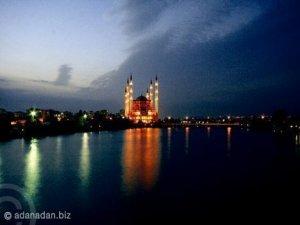 Adana`nın tacı: Sabancı Merkez Camii