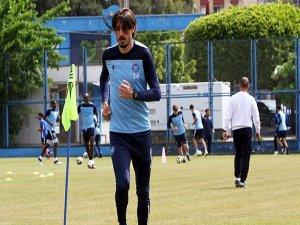 Adana Demirspor antrenmanlara başladı