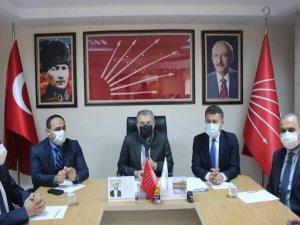 CHP PM Üyesi Orhan Sarıbal'dan CHP Adana'ya ziyaret