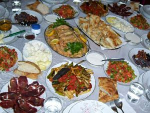 Adana'ya Özgü Yöresel Yemekler