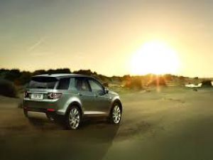 Land Rover Discovery Sport 2015 videosu